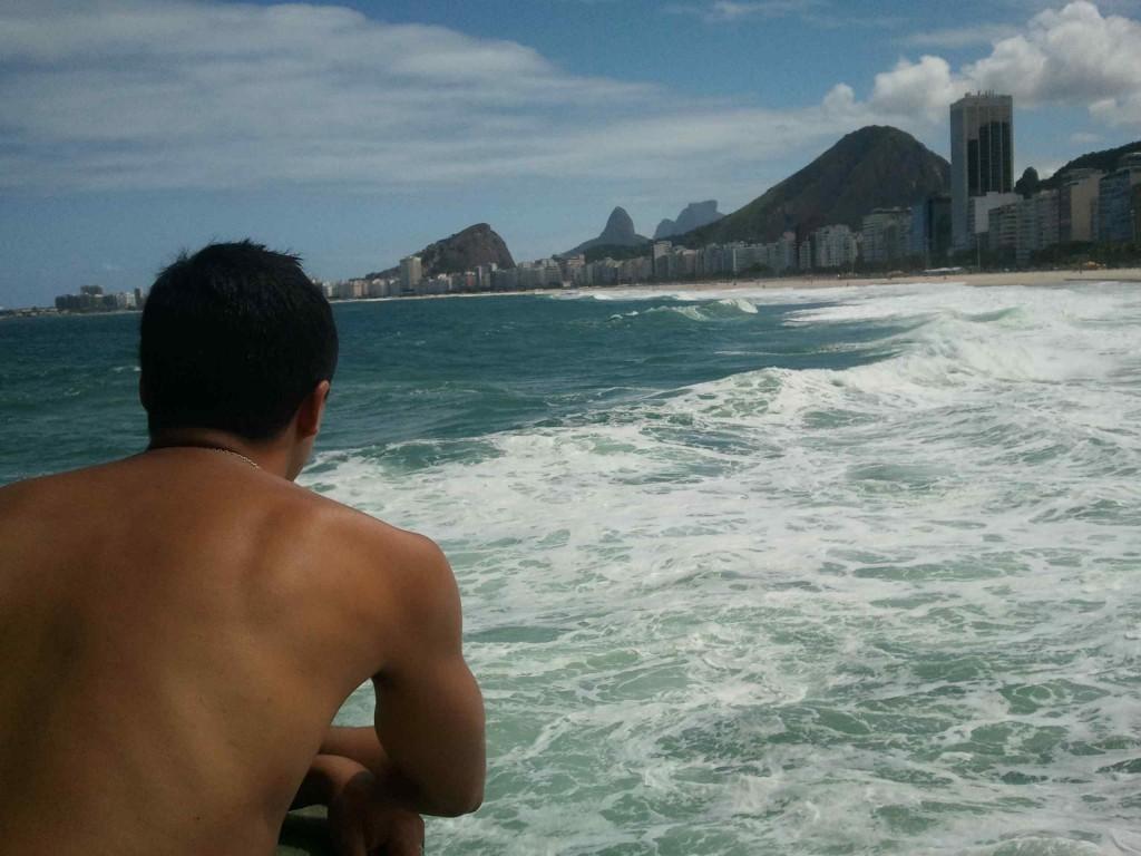 6. Visiter Rio et me prendre en photo sur la plage de Copacabana