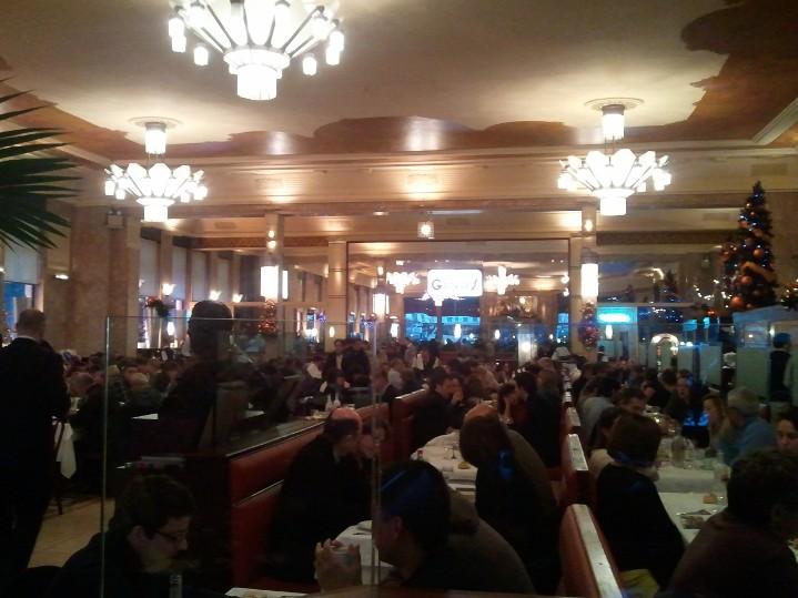 Brasserie George: L'usine - Fête des lumières Lyon 2012