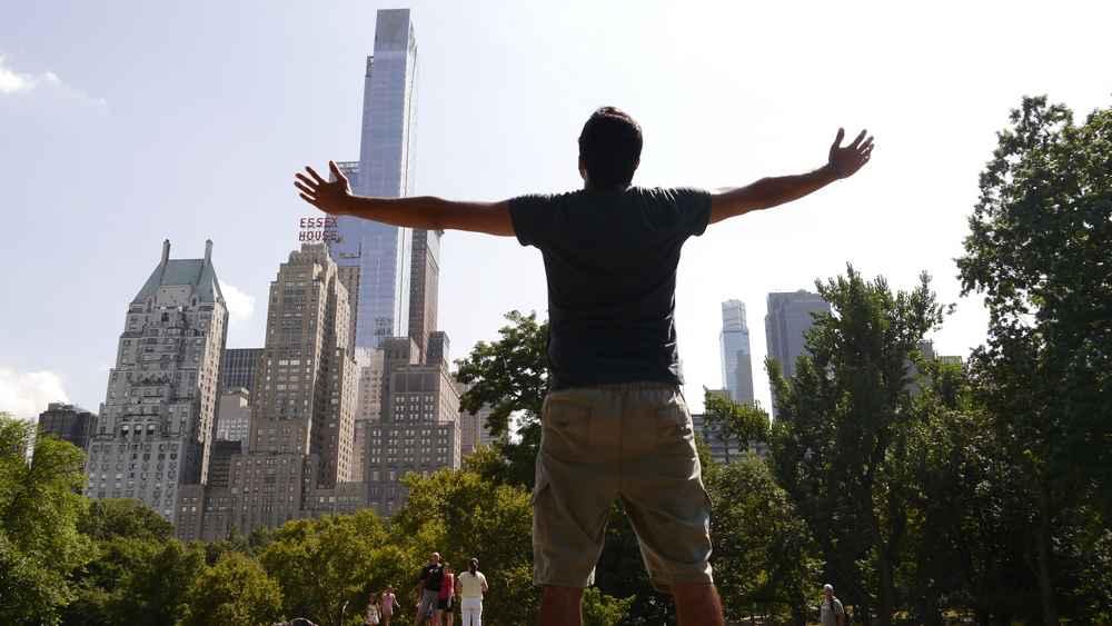 7 raisons de voyager seul au moins une fois dans sa vie, voyager seul, voyage en solo, fille en vacance, voyager, nomade digital, nomade, voyageur nomade, voyager tout seul, voyager seul à l'étranger